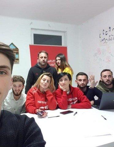 Он не Михо и не пьёт кофе: в день рождения Саакашвили пресс-секретарь рассказала о нем 17 фактов. ФОТО