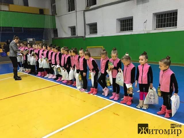 У Житомирі відбулось нагородження кращих гімнасток і присвоєння розрядів. ФОТО