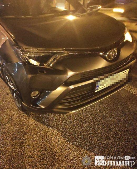Житомирянка на Toyota насмерть збила жінку. ВІДЕО. ФОТО