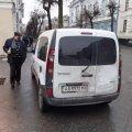 У Житомирі на Михайлівський біля офісу надання послуг завжди черга