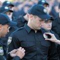 Если ты полицейский, как удержаться от соблазна бить людей?