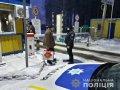 Поліцейські Житомирщини видворили іноземця-порушника за межі країни. ФОТО