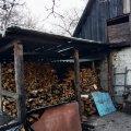 У райцентрі Житомирської області горіло на території приватного господарства. ФОТО