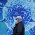 Лікар розповів про спад епідемії в Україні: інфікувальна сила коронавірусу виснажується