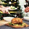 Як не переїсти за святковим столом: проста порада для новорічного застілля