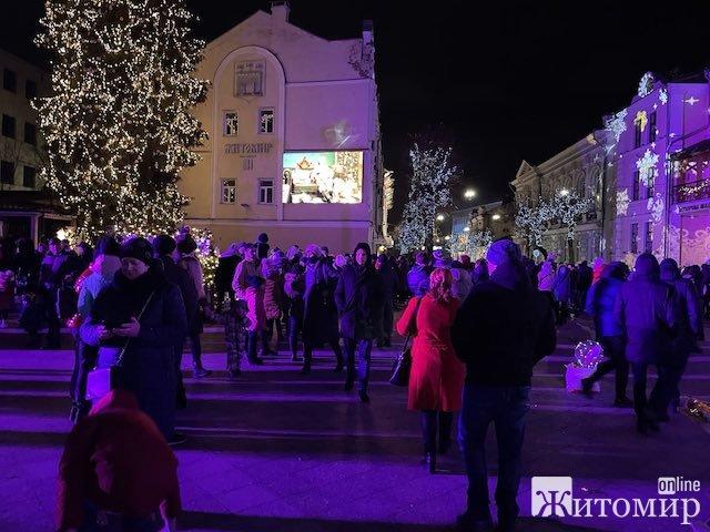 Михайлівська у Житомирі: свято впереміш із коронавірусом. ФОТО