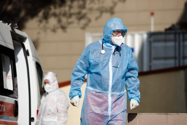 Частина українців не захворіє ніколи: академік Комісаренко розповів, хто має імунітет до COVID-19