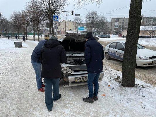 На вулиці Перемоги у Житомирі - прикра аварія. ФОТО
