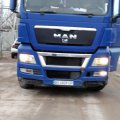 У Житомирській області поліцейські зупинили вантажівки зі сміттям, водії з Львівщини. ФОТО