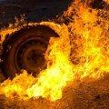 На дорозі в селі Житомирської області загорівся автомобіль