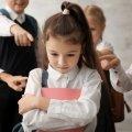 У Ружинському районі 13-річну дівчину цькували однокласники