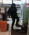 Власники магазину, де охоронці побили житомирянина, прокоментували інцидент