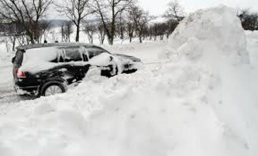 Коли приберуть сніг на Чуднівській вулиці у Житомирі?