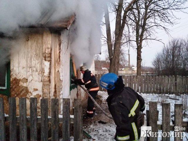 У селі Житомирської області рятувальники виявили тіло жінки. ФОТО