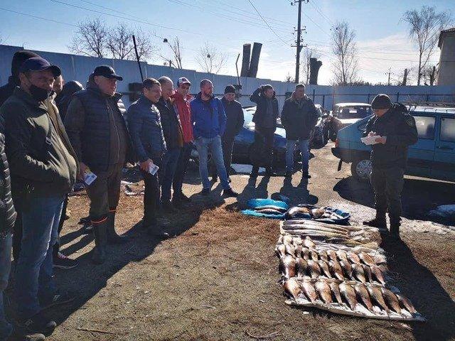 На Житомирщині затримали браконьєрів, що зловили 60 кг риби. ФОТО