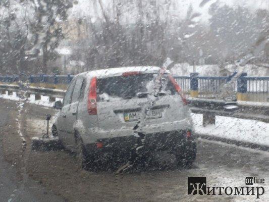 Аварія на Чуднівському мосту у Житомирі. ФОТО