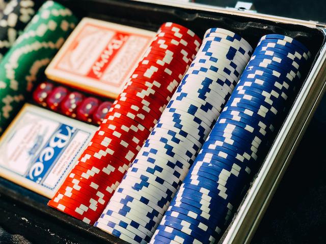 В каких онлайн казино стоит играть украинцам?
