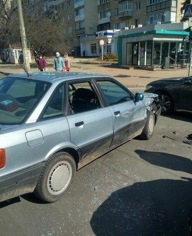 У Житомирі сталася ДТП за участі Audi та Toyota. ФОТО