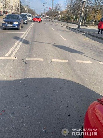 У Житомирі в ДТП за участі п'яного водія травмувалися двоє людей. ФОТО