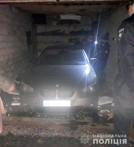 У Житомирі затримали чоловіка, який викрав BMW. ФОТО