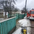 У Житомирі та селі Овруцького району рятувальники відкачували воду з території приватних домогосподарств. ФОТО