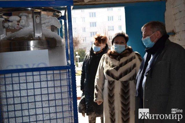 У Бердичеві лікарня переповнена хворими на коронавірус. ФОТО