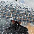 Мороз та мокрий сніг у шести областях: прогноз погоди на сьогодні