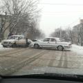 У Житомирі по Андріївській не поділили дорогу Волга та Жигули. ФОТО.