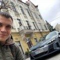 Автоблогер Інфокар.ua припаркував Audi на пішохідній вулиці в Житомирі та пішов перекусити. ФОТО