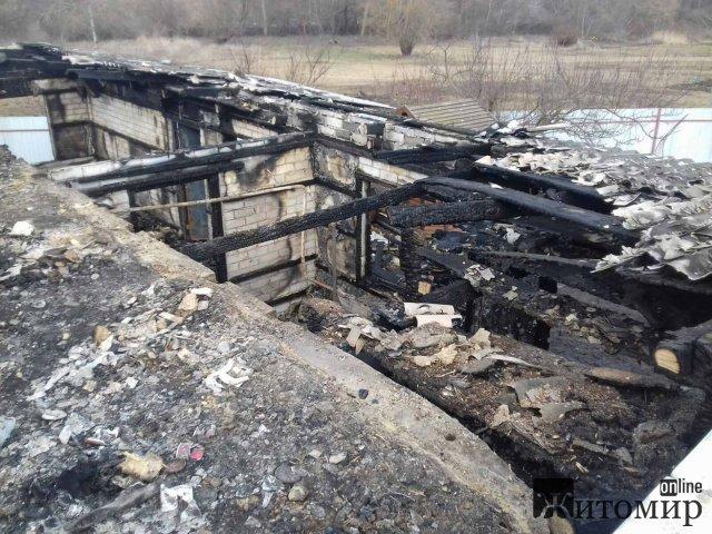 Упродовж доби рятувальниками Житомирської області ліквідовано п'ять пожеж. ФОТО
