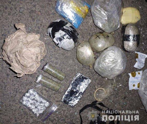 Жителів Житомирщини затримали через постачання наркотиків в колонії. ФОТО