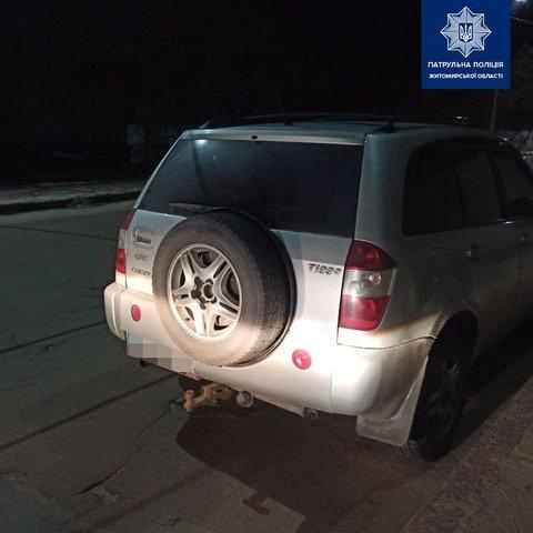 У Житомирі патрульні зупинили п'яного водія Chery. ФОТО