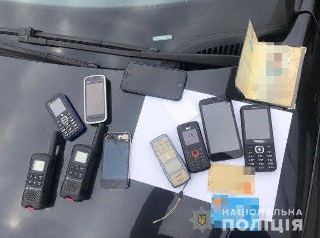На Житомирщині поліцейські оголосили підозри групі фальшивовалютників. ФОТО