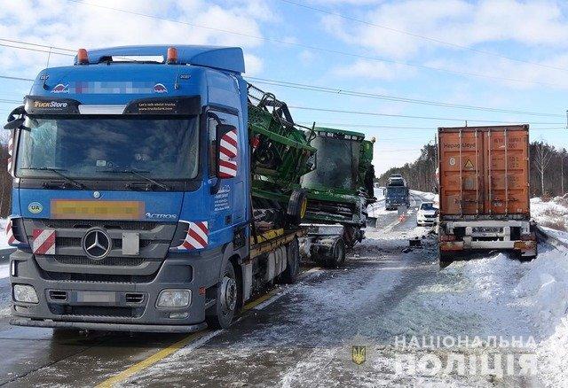 На Житомирщині шукають свідків смертельної ДТП, що сталася взимку. ФОТО