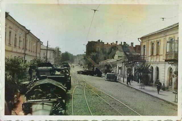 Велика Бердичівська вулиця у Житомирі влітку 1941 року. ФОТО