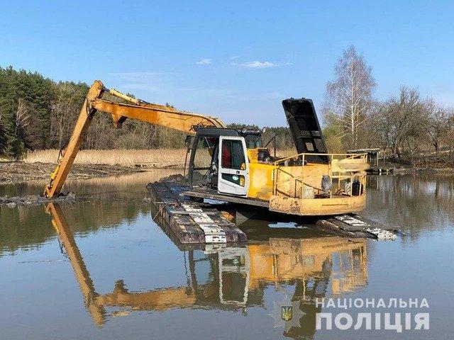 У Житомирському районі виявили незаконне розкопування річки Гуйва. ФОТО