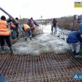 На мосту через річку Случ в Житомирській області розпочаті роботи з влаштування бетону. ФОТО