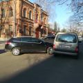 Біля поліклініки по Лесі Українки у Житомирі ускладнений рух. ДТП. ФОТО.