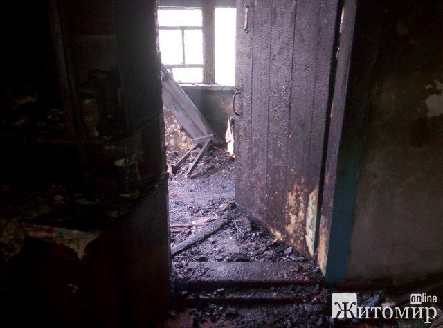 За добу у двох селах Житомирського району горіли будинки. ФОТО