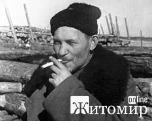 Сидір Ковпак: В останній раз за червоний прапор в Україні карали при Гітлеру