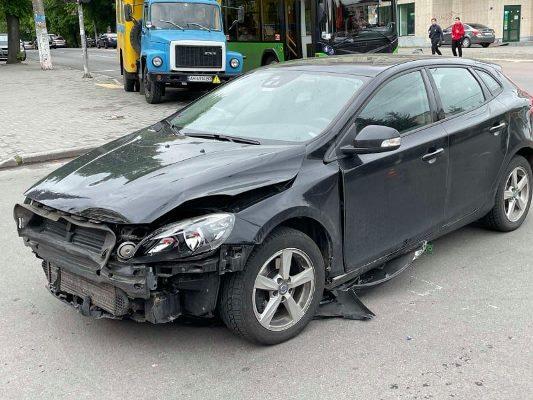 У центрі Житомира - знову аварія. ФОТО