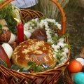 Українцям розповіли, чи можна викидати освячені паски та яйця