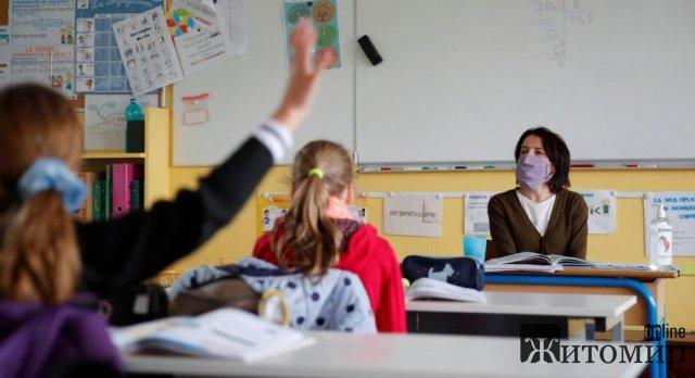 У Житомирі з 6 травня поновлять очне навчання для всіх школярів