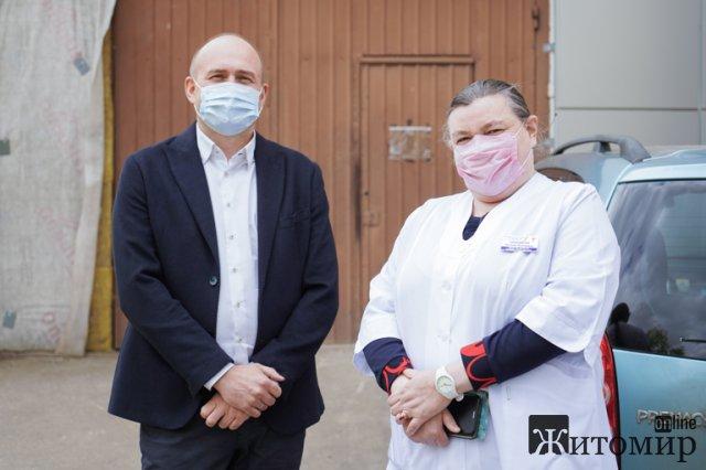 У житомирській обласній лікарні відкрили реконструйоване за 3,5 млн грн нефрологічне відділення. ФОТО