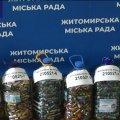 У Житомирі зібрали 100 кілограмів відпрацьованих батарейок. ВІДЕО