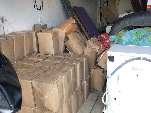 На Житомирщині вияви та вилучили майже 1,5 тонн фальсифікованого алкоголю. ФОТО