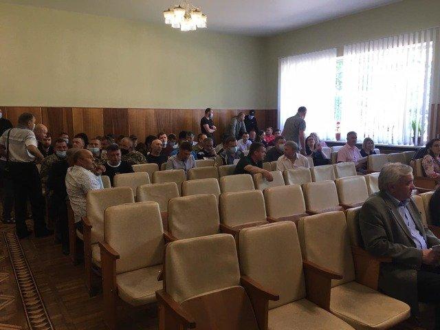 Скандал на Новогуйвинщині: «слугам» політичні амбіції дорожчі за життя людей?