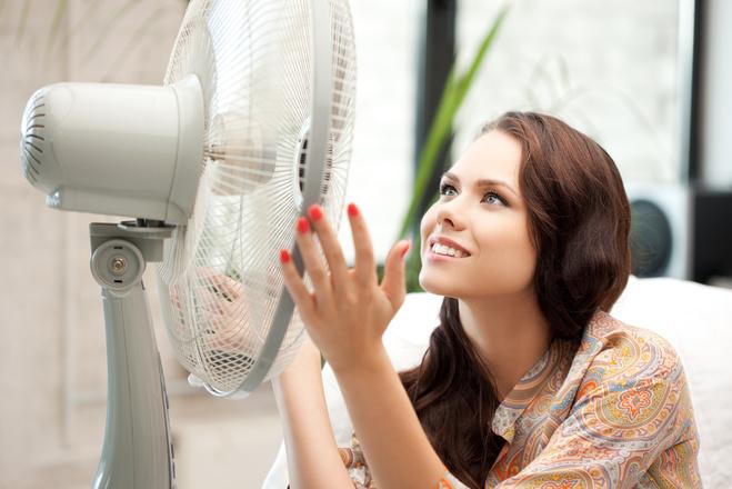 Как охладить квартиру в жару?