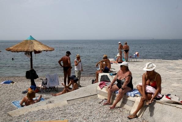 Летний экватор: куда поехать отдохнуть в самые жаркие месяцы года