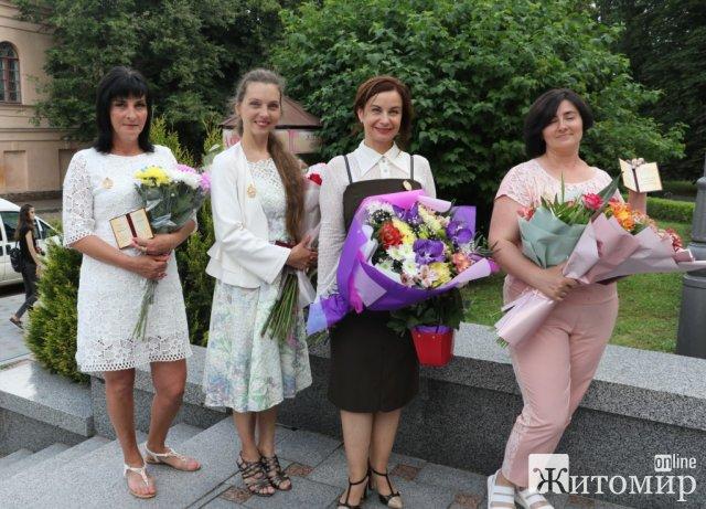 Шестеро житомирянок отримали почесне звання «Мати-героїня». ФОТО
